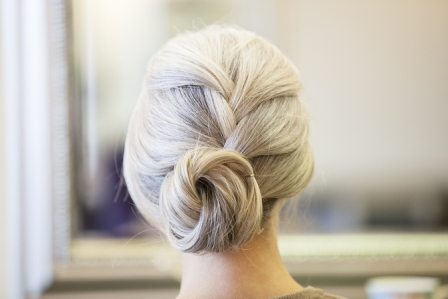 White Hot How To: Slouchy Bun
